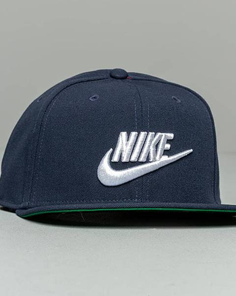 Modrá čiapka Nike