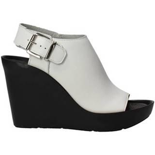 Sandále Bronx  84340-A