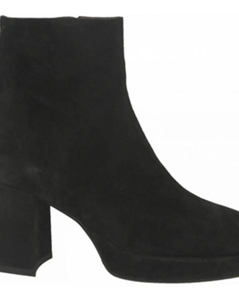 Čierne topánky Mivida