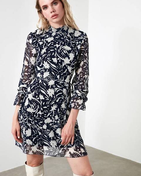Modré šaty Trendyol
