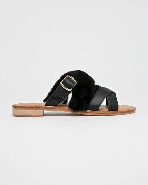 Čierne sandále Emu Australia