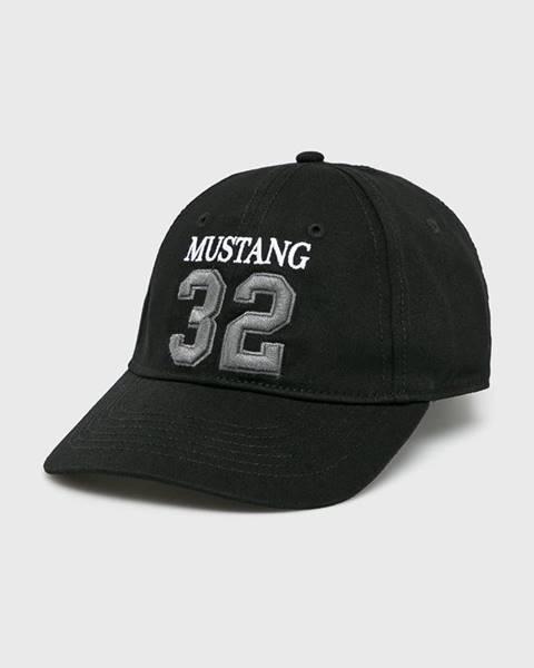 Čierna čiapka Mustang