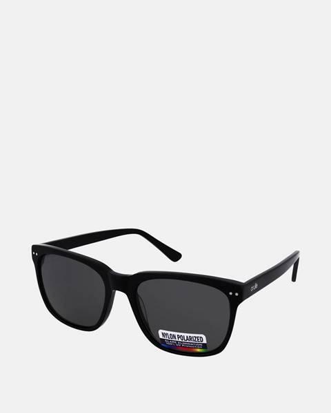 Čierne okuliare crullé
